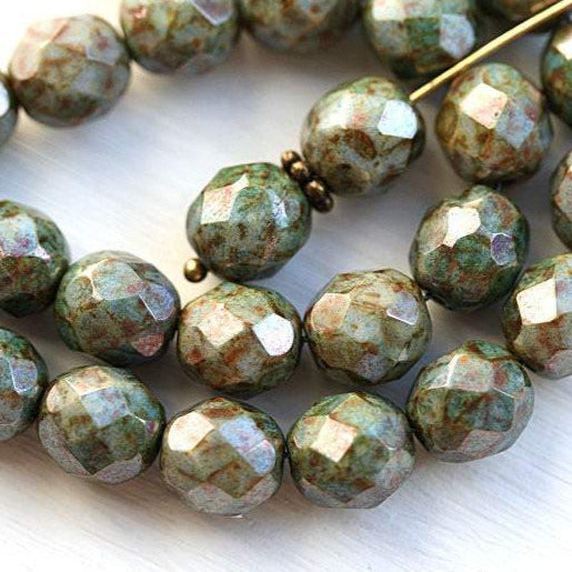 8mm Fire polished Picasso Luster Green, Czech glass round beads - 15pc