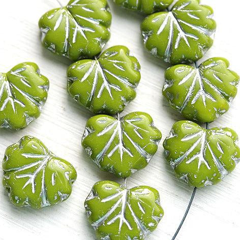 11x13mm Green Maple Leaf beads, Silver Inlays, Czech glass leaves - 10pc