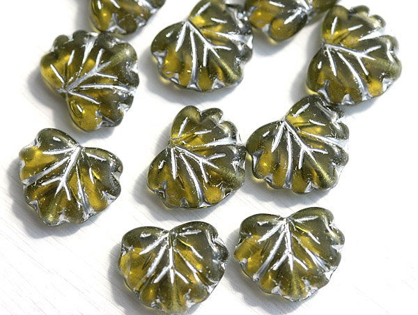 11x13mm Olive green leaf beads, Maple glass leaves, Silver inlays - 10pc