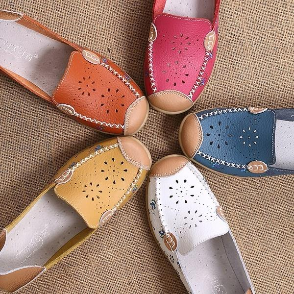 Large Size Print Hollow Out Breathable Color Match Casual Slip On Flat Shoes