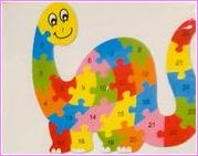 WOODEN DINOSAUR PUZZLE 3YRS +