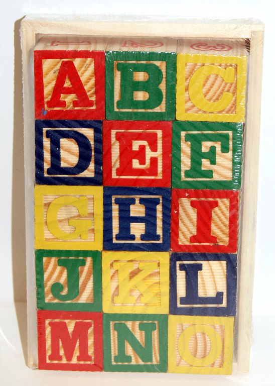 BUILDING BRICKS - ALPHABET AND NUMBERED - 3YRS UPWARDS *FREE DELIVERY