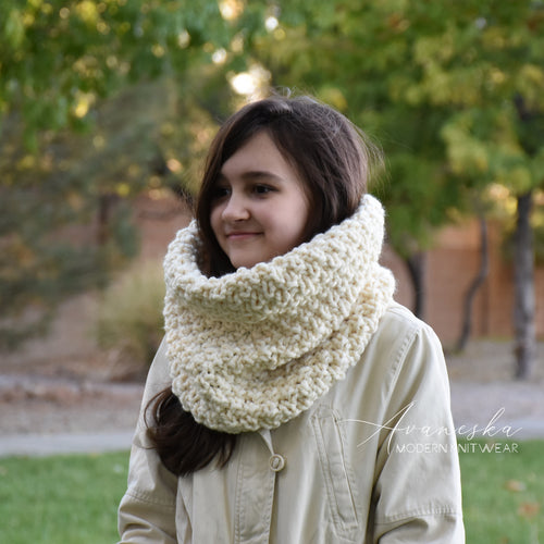 Knit Chunky Winter Woolen Cowl Scarf Neck Warmer | THE SEATTLE