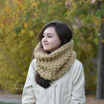 Knitted Chunky Winter Woolen Neck Warmer Cowl Scarf | THE HERSHEY