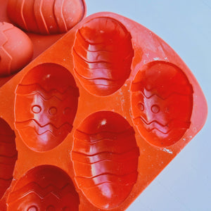 SECONDS: Decorated Easter Egg Silicone Mould