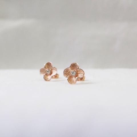 Flower Earrings with diamond