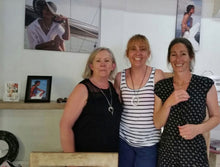 Mum and daughters jewellery making workshop bali
