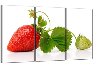 Set of 3 Fruit Canvas Prints Strawberry 3074