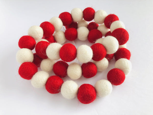 Red & White Garland