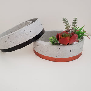 Hoop Concrete Pot