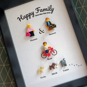 Family Portrait Frame Lego Bricks Kids Babies Minifigures Custom Personalized Minifigure Grandparents Sister Brother Family Tree Art Couple Decoration Baby Fathers Day Mothers Day Christmas Wedding Baptism Anniversary Retirement Souvenir Valentine's Day Group Gift Portraits of Felie Family Animals Cat Dog