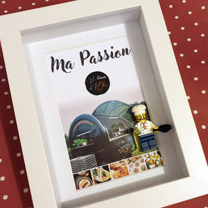 A tailor-made Portrait, made in Lego bricks for a cooking enthusiast who had the courage to convert and open his food truck. Customize your online frame to your image with Legos!