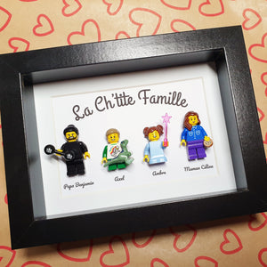 Table representation of the family in Lego bricks customizable online for an original gift