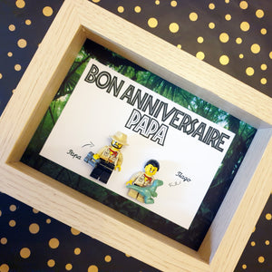 A Lego family painting on the theme of exploration, dinosaurs and Jurassic Park! Original lego gift for a birthday!