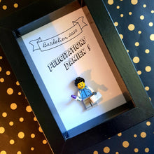 Load the image in the gallery, Portrait Lego frame family minifigures graduated baccalaureate baccalaureate BTS DUT License Master congratulations bravo tailor-made personalized customization online customizable