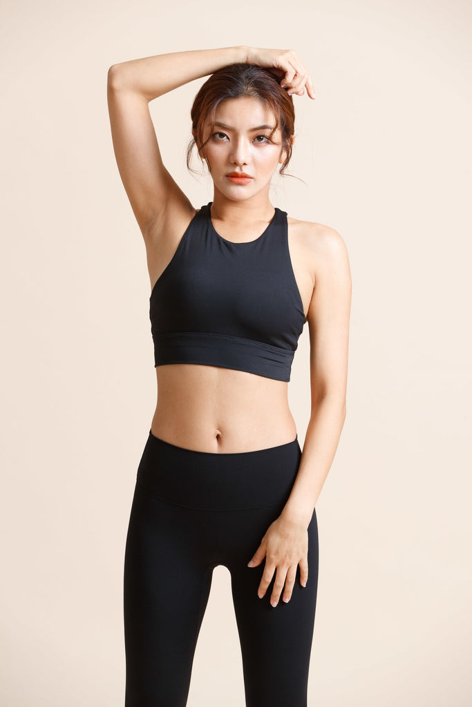 Maximum-support off shoulder Sports Bra -Black - PrettyAim Thailand