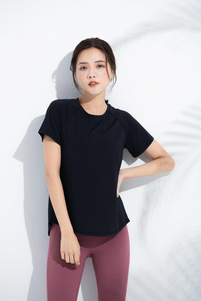 Breathable sports Tee-Black - PrettyAim Thailand