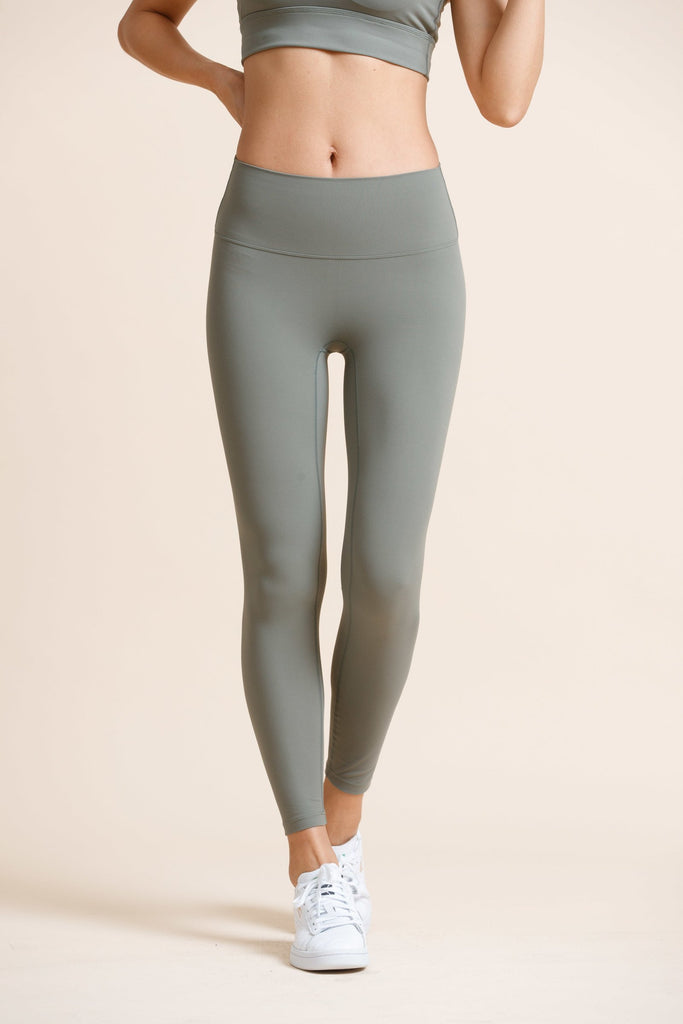 High-waist Naked Seamless Legging-Green - PrettyAim Thailand