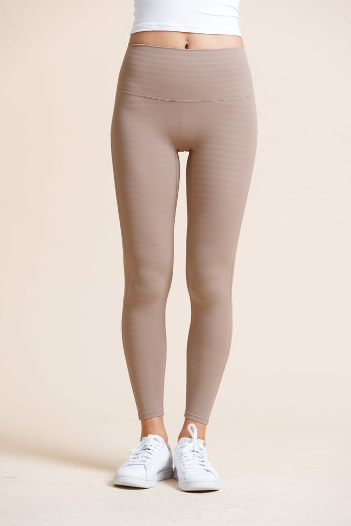 Seamless High-waist Strip Naked Legging-Milktea - PrettyAim Thailand