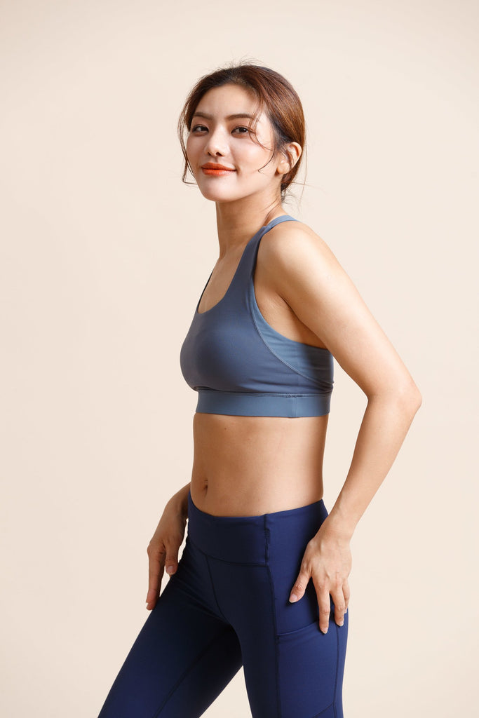 Medium-support Flash Sports Bra -Gray Blue - PrettyAim Thailand