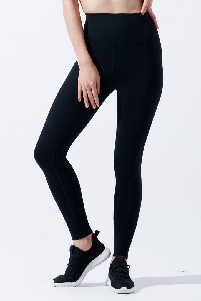 High-waist Slim Cutting Legging-Black - PrettyAim Thailand