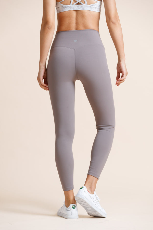 High-waist Naked Seamless Legging-Light Grey - PrettyAim Thailand