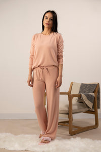 Cozy wide leg pant in cozy pink