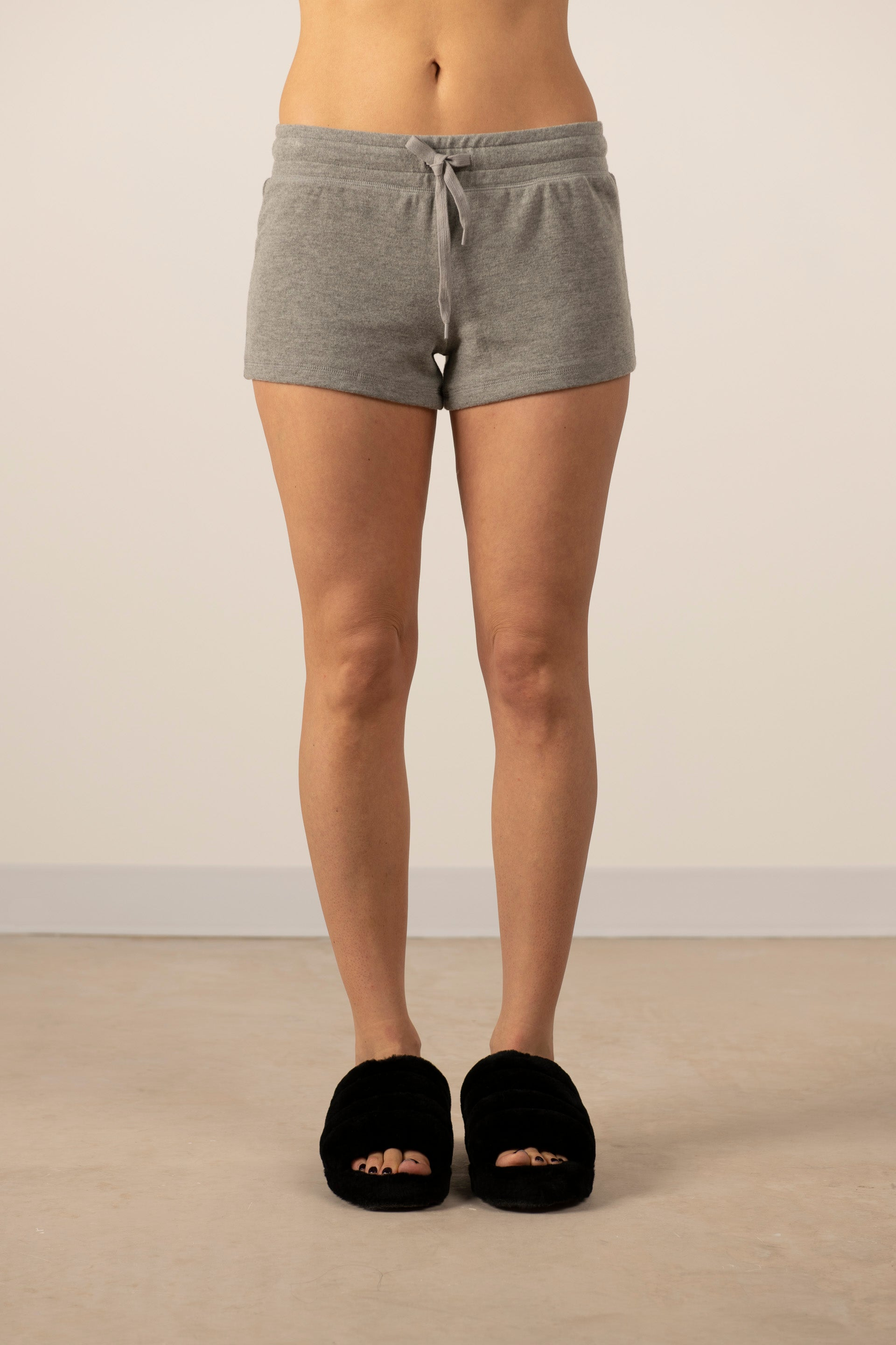 Cozy shorts in heather grey