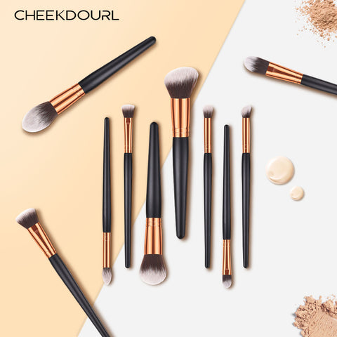 CHEEKDOURL 10 ESSENTIAL BRUSHES