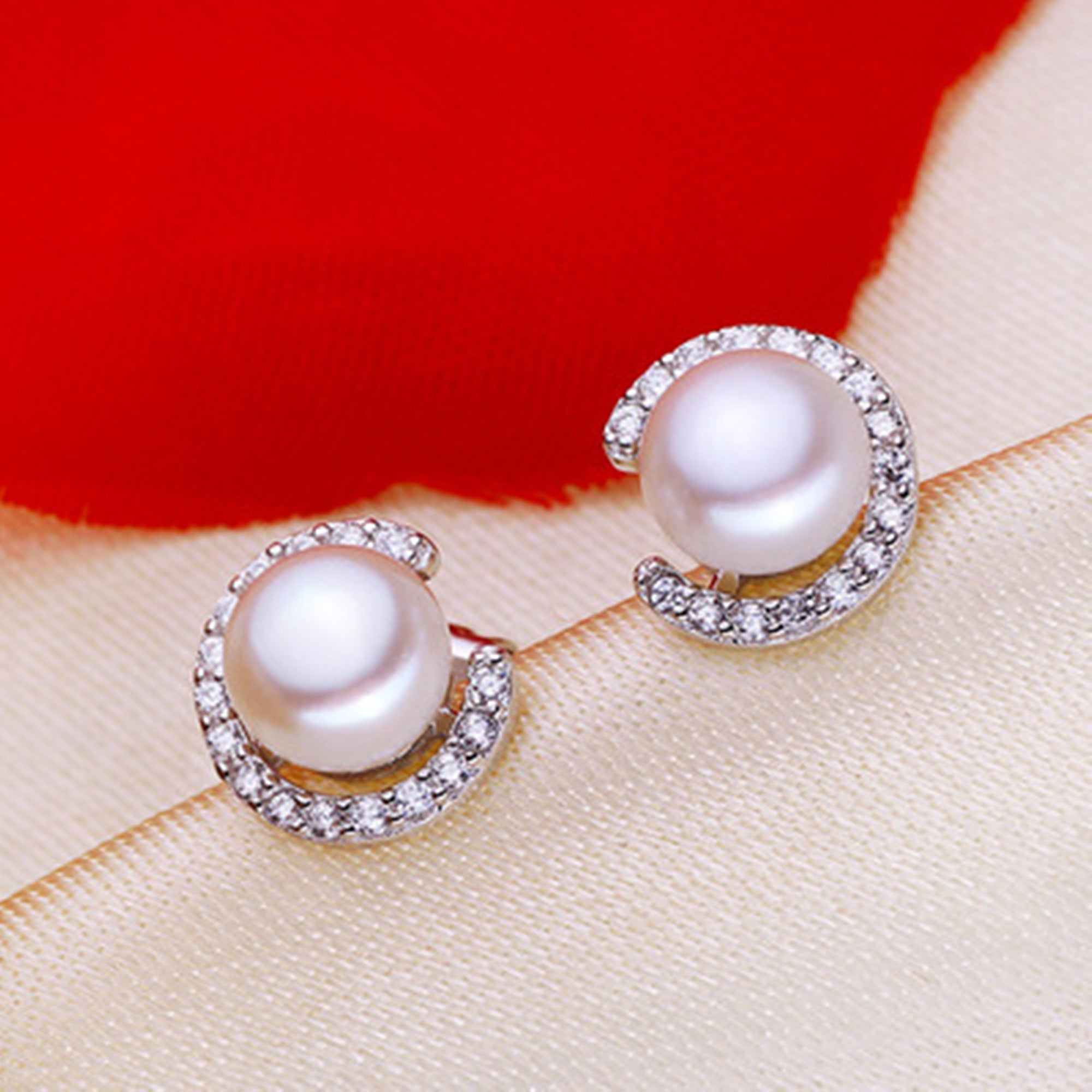 C Letter Natural Pearl Stud Earrings. - Sakura Avenue