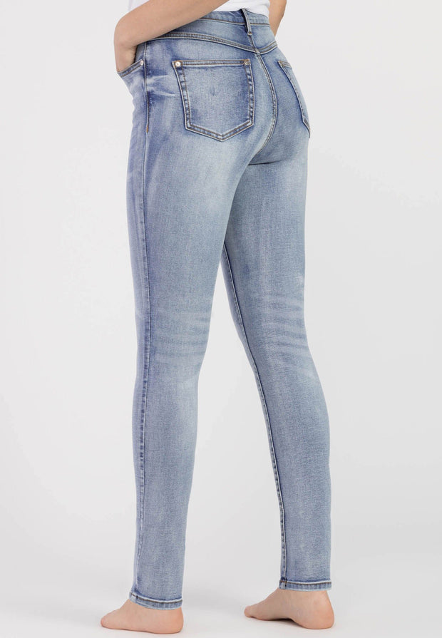Brooke High Rise Slim Jean Bluestone