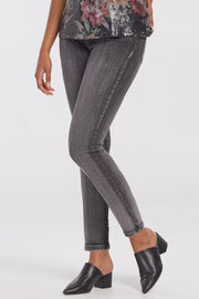 Stone Accent Ankle Jean