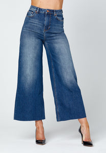 'O-WIDE' CROPPED WIDE LEG JEANS