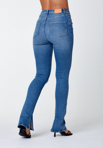 'O-MORE' SHOE CUT JEANS