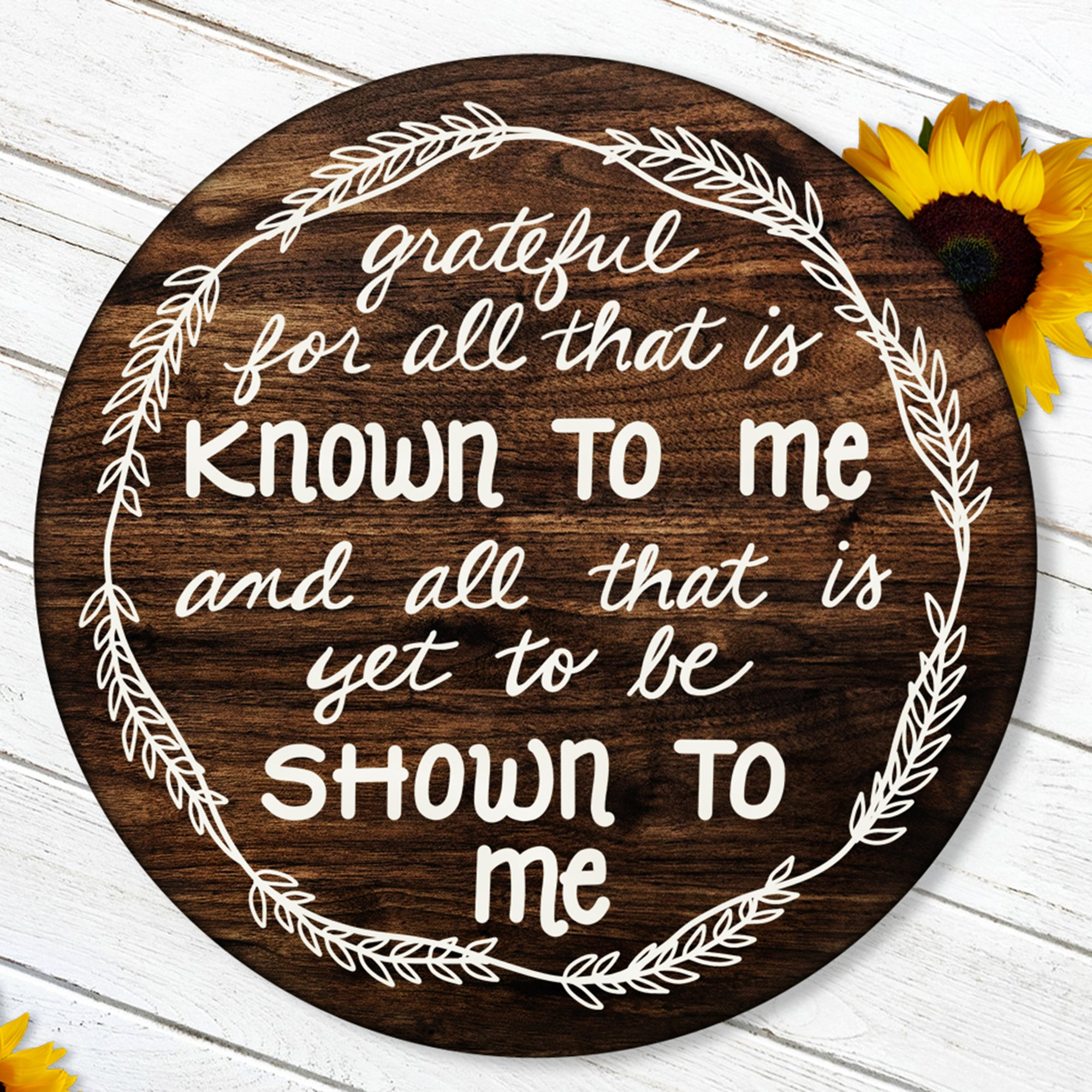 Round Thanksgiving SVG File, Grateful Quote SVG, Thankful Saying SVG, SVG File Saying for Round Sign, Rustic Sign SVG Cut File