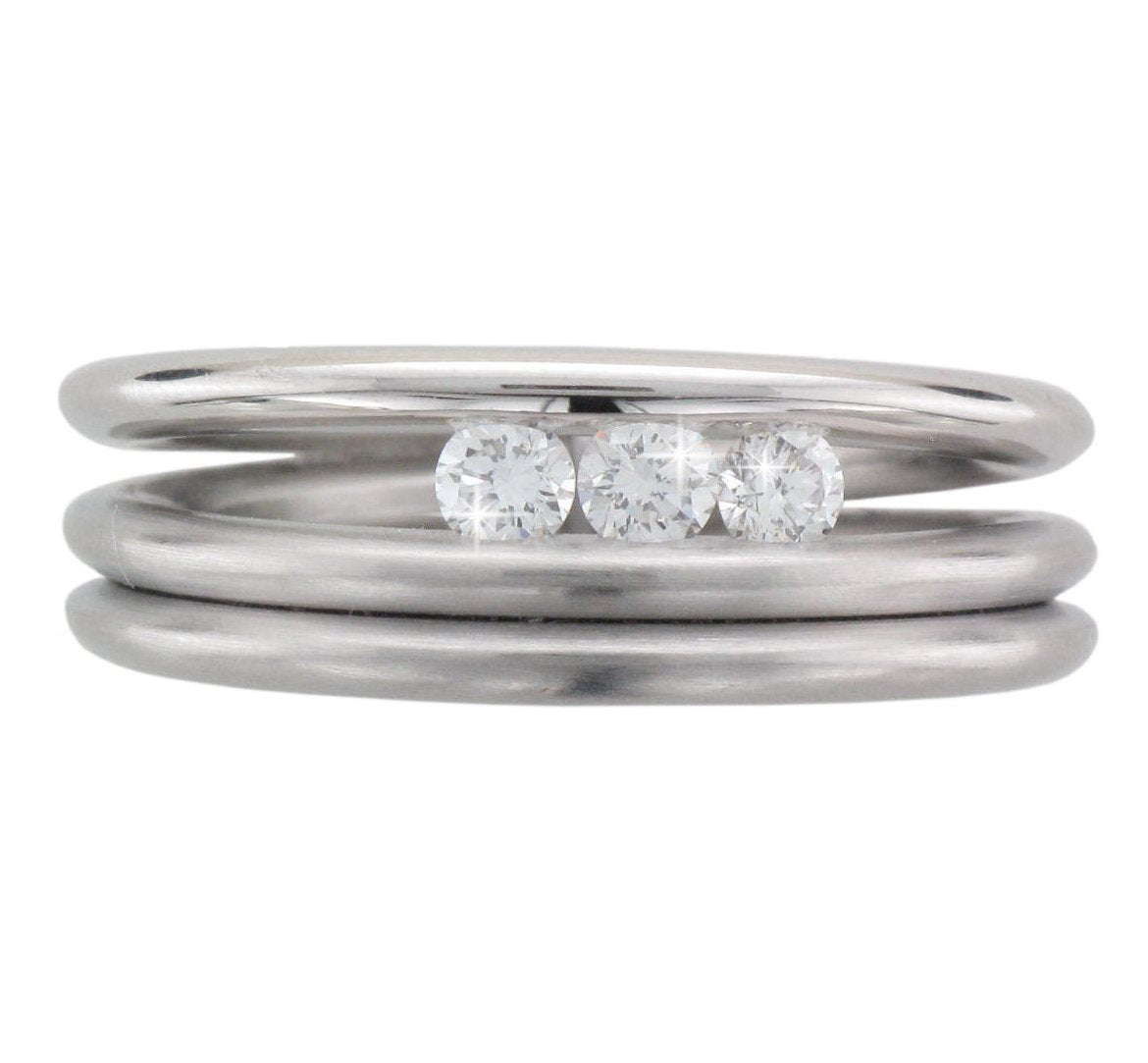 Platinum Satin and Polished Spiral, Brilliant-cut Diamond Ring