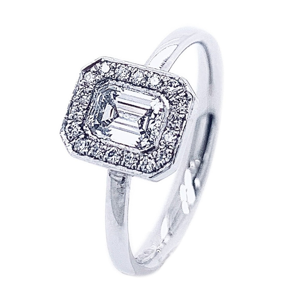 Platinum Emerald-cut Diamond DECO-AURA Ring