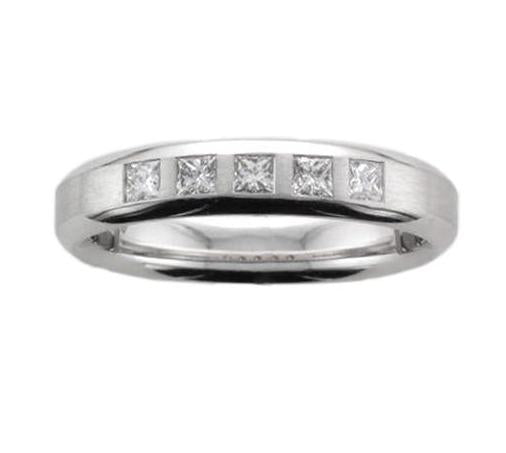 18ct White Gold 5 x Flush-set Diamond Ring - Andrew Scott