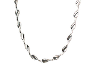 Silver Concave Twist Tear Shape Link Necklace