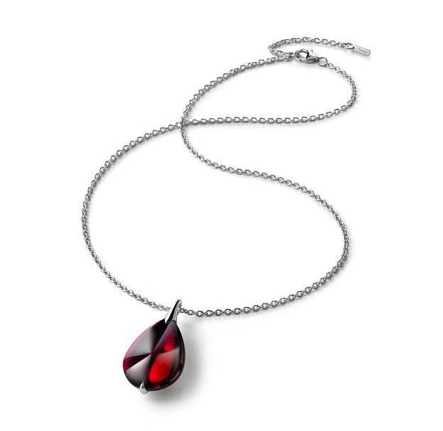 Baccarat Fleurs De Psydelic Red Crystal Necklace - Andrew Scott