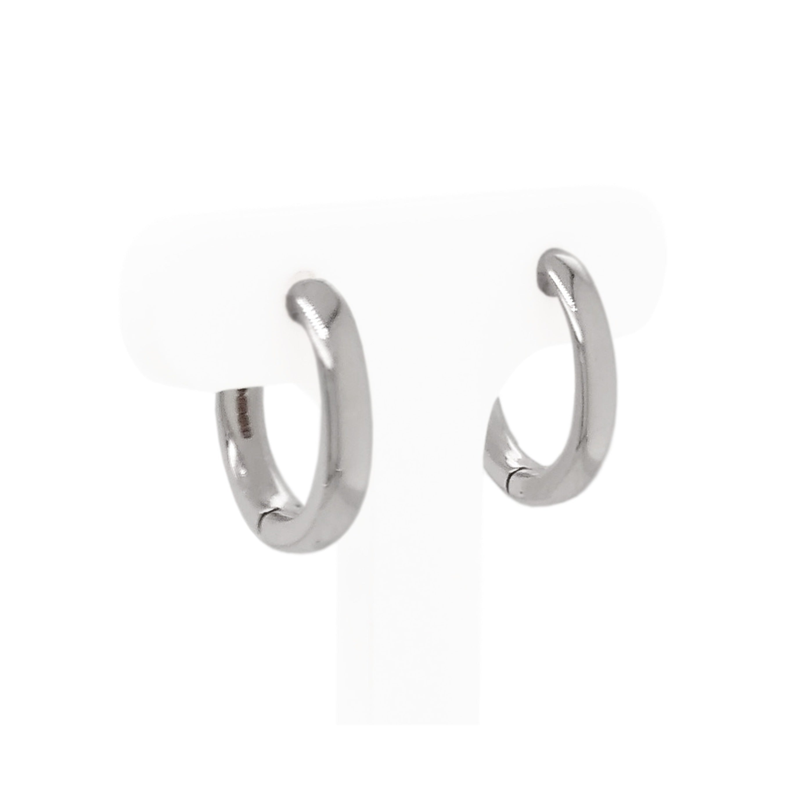 18ct White Gold Oval Huggie Hoop Earrings