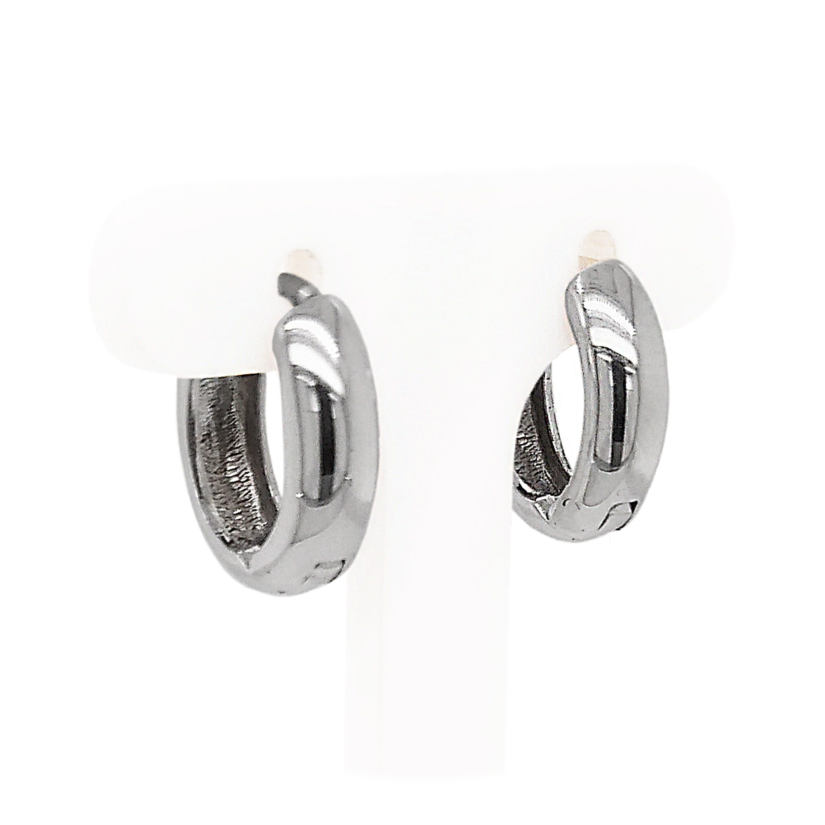 9ct White Gold Oval Hoop Earrings