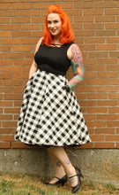 Load image into Gallery viewer, Dee Dee Dress In Checker Print