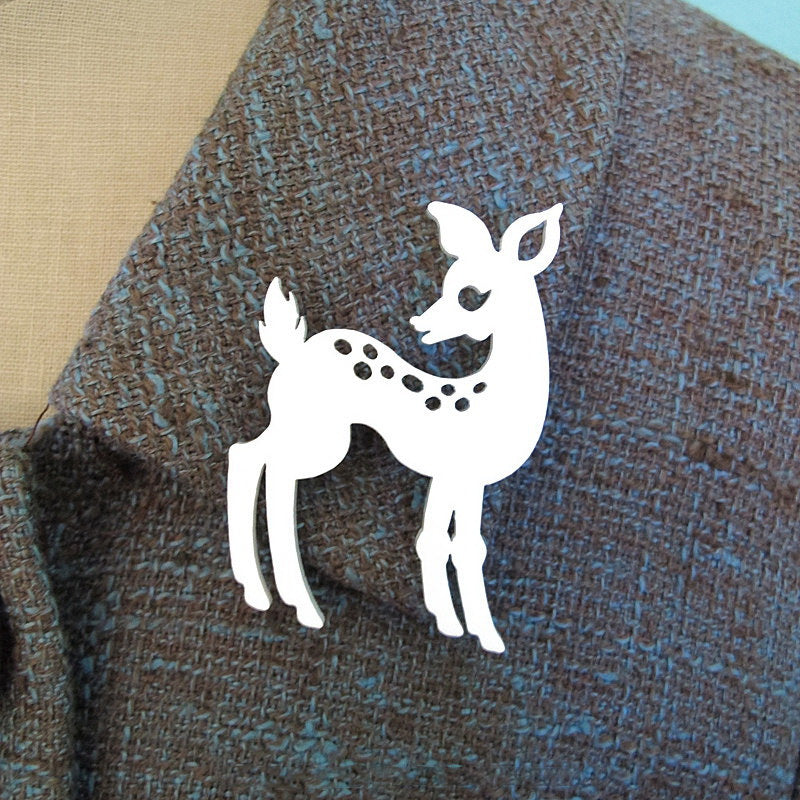 Deer Brooch - Vivacious Vixen Apparel