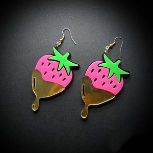 Chocolate Strawberry Earrings - Vivacious Vixen Apparel