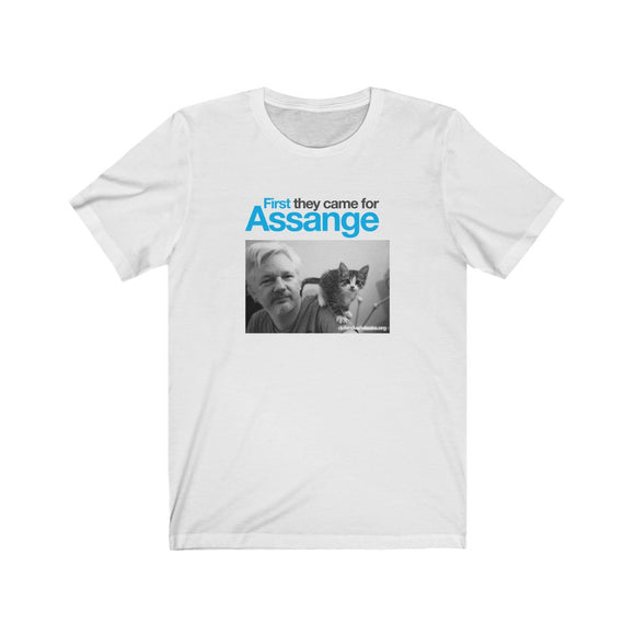 First they came for Assange - Premium Fitted Tee