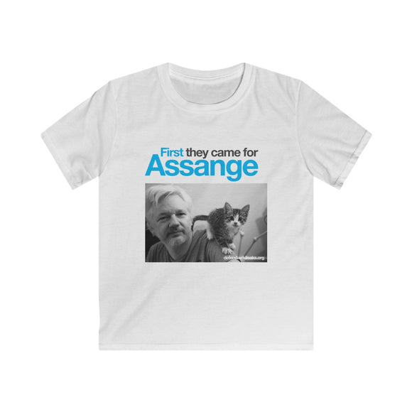 First They Came for Assange - Kids Softstyle Tee