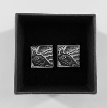 Load image into Gallery viewer, Handmade Resin Cufflinks