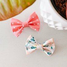 Load image into Gallery viewer, garden party bow tie