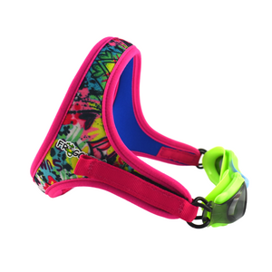 Frogglez comfortable strap in pink graffiti pattern reverses to bright blue. ith Green silicone swim goggles with blue accent and gray tinted lenses. 100% UV protection, polycarbonate lens, for children ages 3-10.